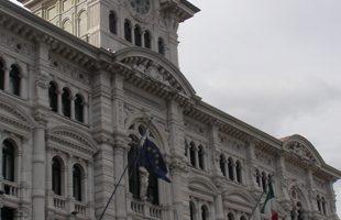 TUTTI COLPEVOLI, QUINDI INNOCENTI: L'INSCALFIBILE SISTEMA DELLA CORRUZIONE ITALIANA A TRIESTE
