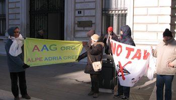 NO ALLA TAV ITALIA-SLOVENIA: MILIARDI DI EURO PER DEVASTARE L'AMBIENTE?